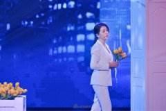 """《跨界歌王2》首期江珊唱的哪些歌 """"粉红少女""""上演""""眼神杀""""萌态惹人爱!"""