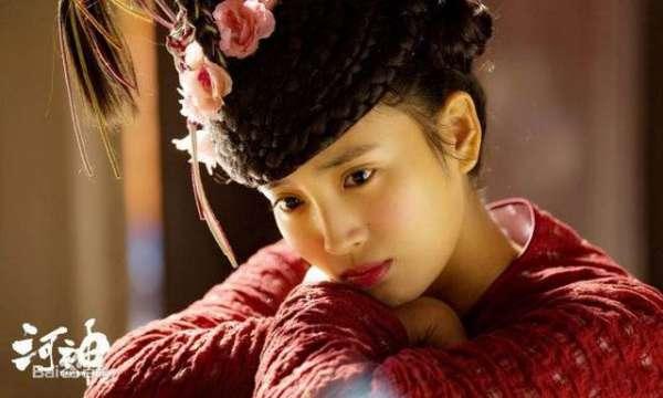 《河神》小神婆扮演者不是金晨,是王紫璇,别傻傻分不清了!