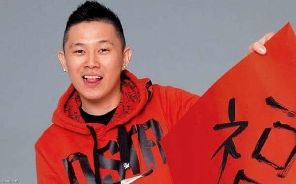 欧阳靖参加中国有嘻哈为什么要戴面具?欧阳靖被淘汰内幕