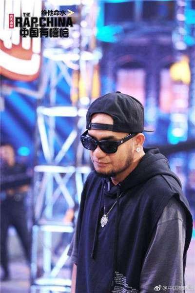 中国有嘻哈的嘉宾都有什么深厚背景个人资料详情   嘻哈界导师争议颇多