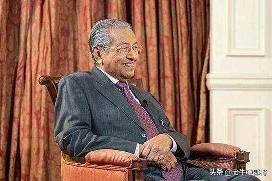 马来西亚政坛大地震,总理马哈蒂尔辞职,吐露三大关键信号